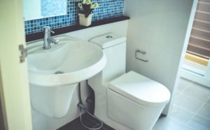 Your Useful and Practical Guide to the Different Types of Bathroom Shower Doors